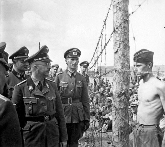 Himmler_inspects_POW_camp