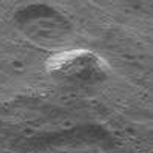 PYRAMID CERES BLACK-WHITE